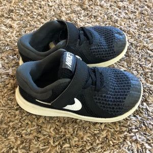 Nike Toddler Boy Tennis Shoes